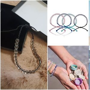 New Ocean Glass Bead & Cord Bracelet (Blac…